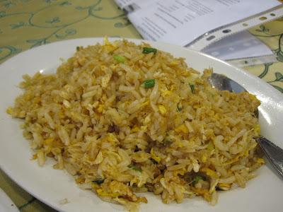 Bangkok, Chandrphen Restaurant, crab fried rice