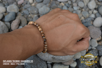 Gelang Kayu Gaharu Bali