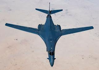 Bomber B-1B