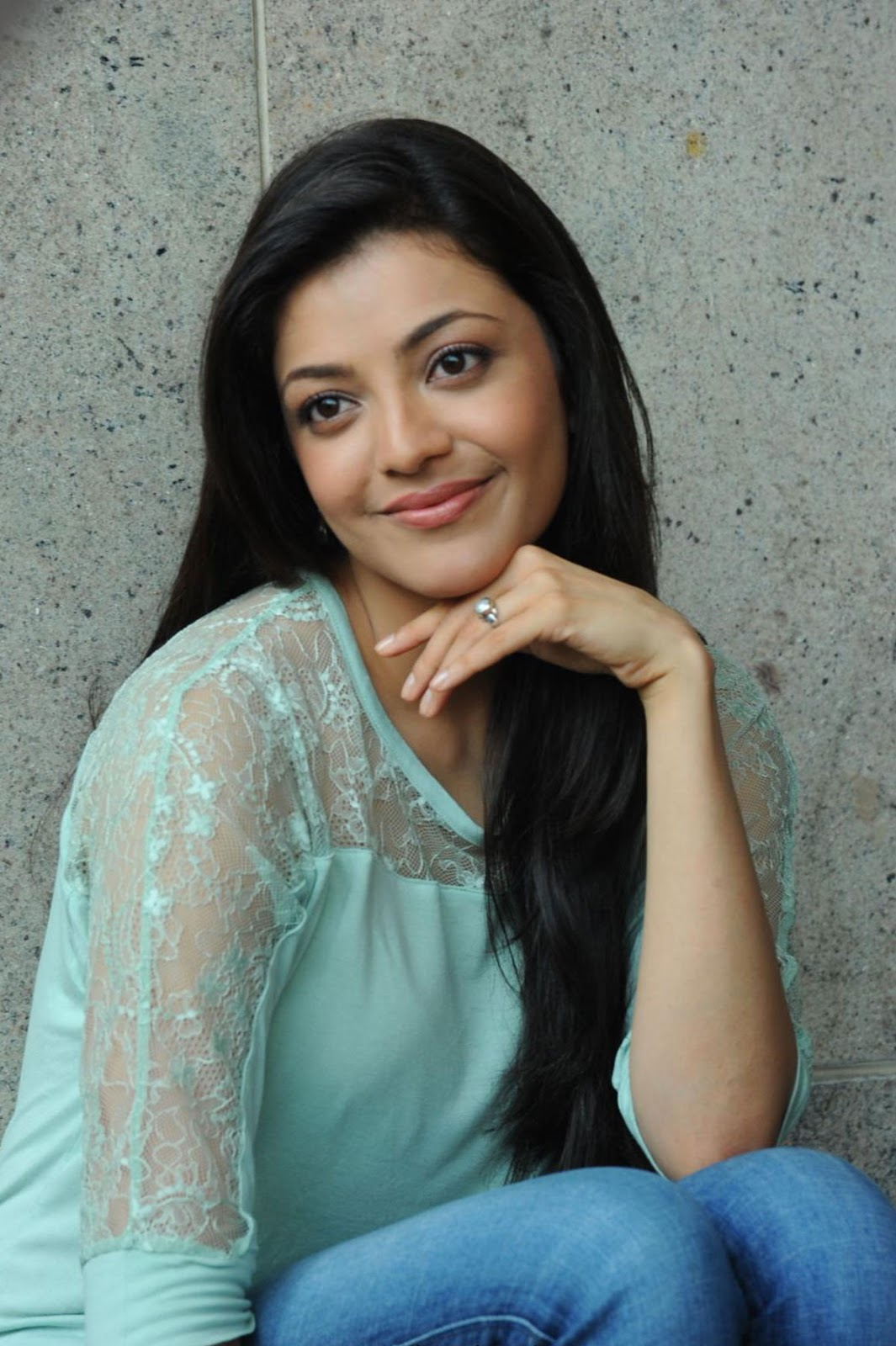 Kajal agarwal new cute stills