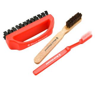 Black Diamond BD Brush. Set de brosses à Magnésie pour nettoyer les prises de vos blocs