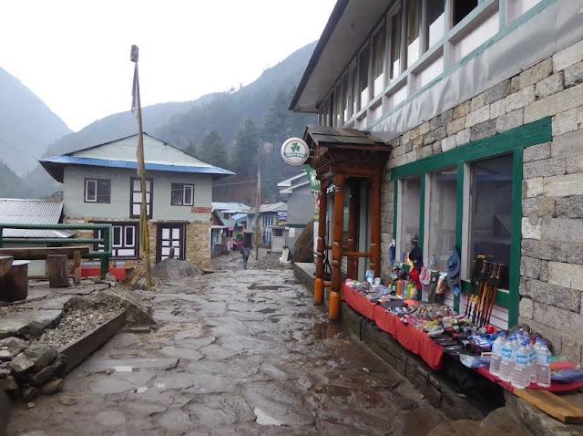 il villaggio di phakding