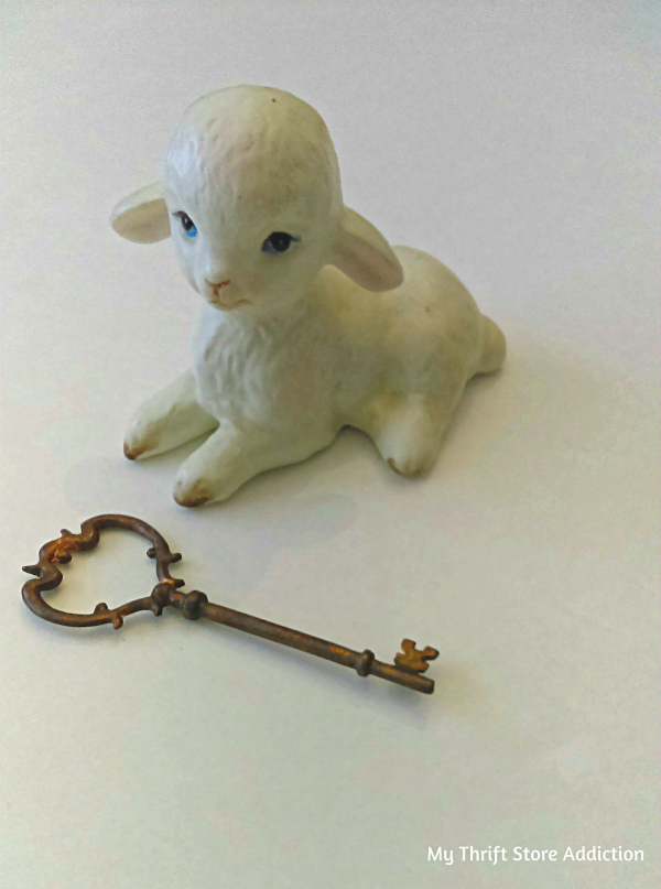 Lefton collectible lamb