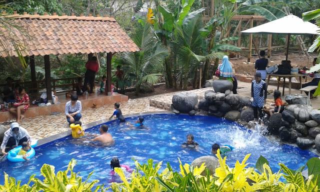 Berkunjung ke Watu Gunung Ungaran Semarang