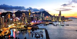 pesona hongkong malam hari