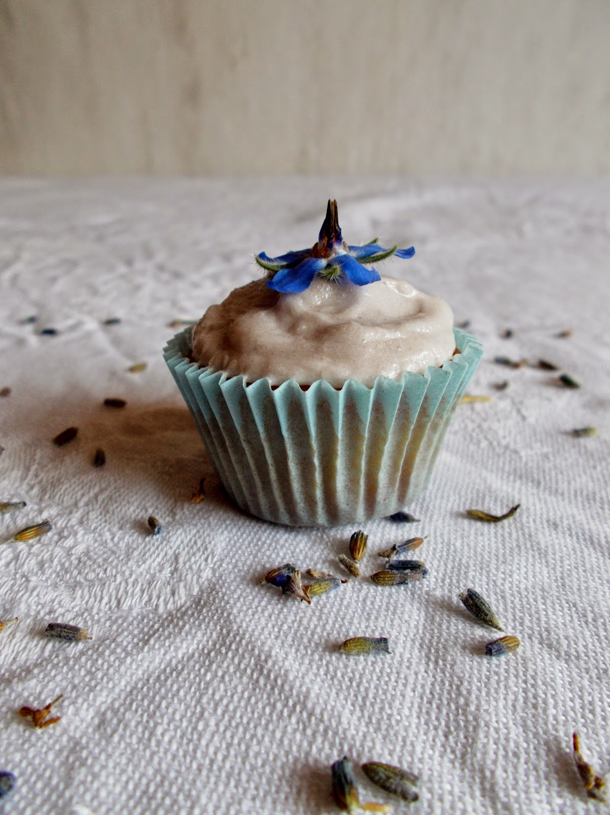 k chenpoesie mini lavendel vanille cupcakes. Black Bedroom Furniture Sets. Home Design Ideas