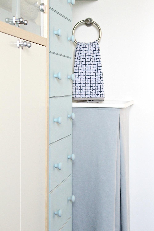 pale blue chalk paint cabinet makeover