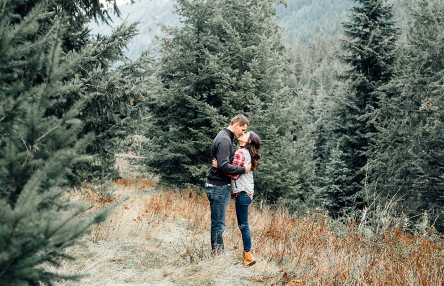 PNW Mountain Anniversary Session by Something Minted Photography