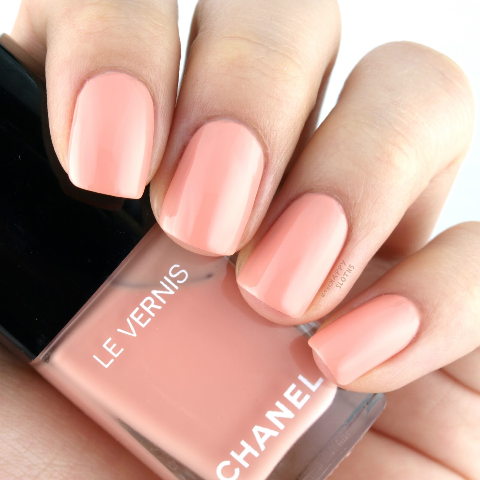 Chanel Spring 2017 Le Vernis 568 Tulle: Review and Swatches