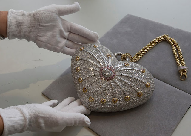 the Mouawad 1,001 Nights Diamond Purse