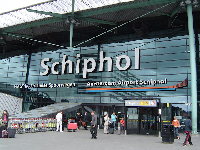 Como ir do aeroporto Schiphol ao centro de Amsterdã