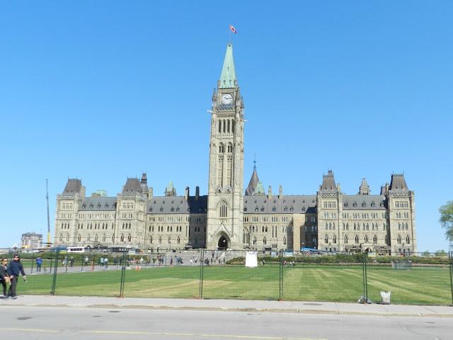 Roteiro 18 dias de trem pelo leste do Canadá - Parlamento do Canadá, Ottawa