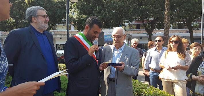Decaro commemora il 73° anniversario della strage di via Niccolò dell'Arca. Un riconoscimento a Umberto Cassano