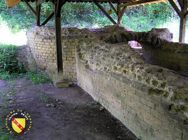 Le bassin de réception de l'aqueduc de Gorze à Jouy-aux-Arches
