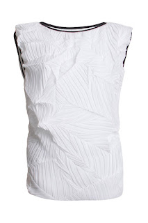 http://www.laprendo.com/products/42447/LYDIA-L/Lydia-L-Isabeau-Blanc-Crushed-Pleats-Top