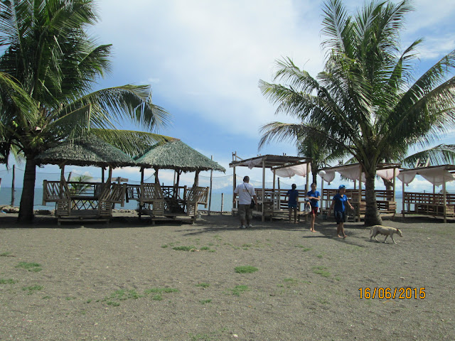 cottages for rent at Coco Maldita Beach Resort Inc