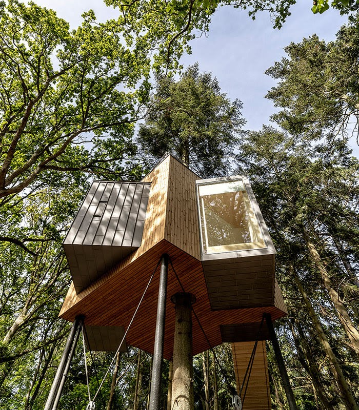 08-View-from-Below-Architecture-Treetop-Hotel-Tiny-House-www-designstack-co