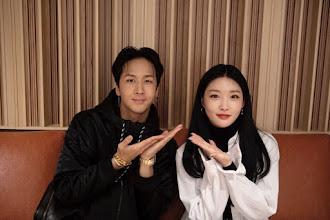 RAVI 라비 y CHUNGHA 청하 presentan live, su tema colaboración