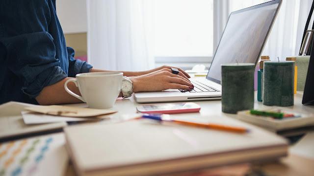 Cara Mengatur Kecerahan Komputer Secara Otomatis Berdasarkan Waktu Dalam Sehari.