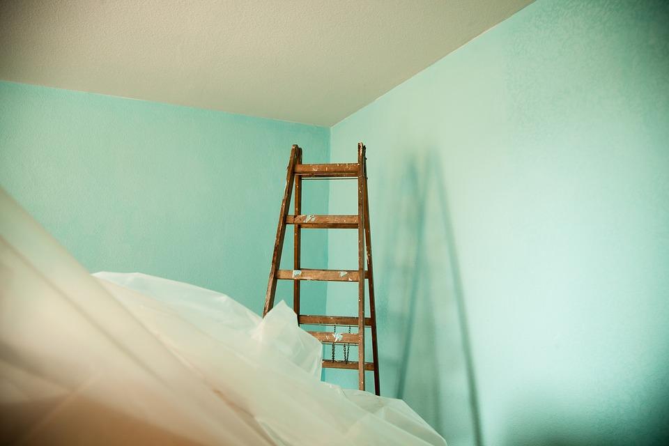 Poring over Wallpaper's Edge on Paint