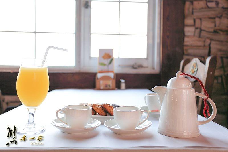 清境下午茶還有松鼠陪伴|普羅旺斯玫瑰莊園景觀餐廳~享受午後悠閒