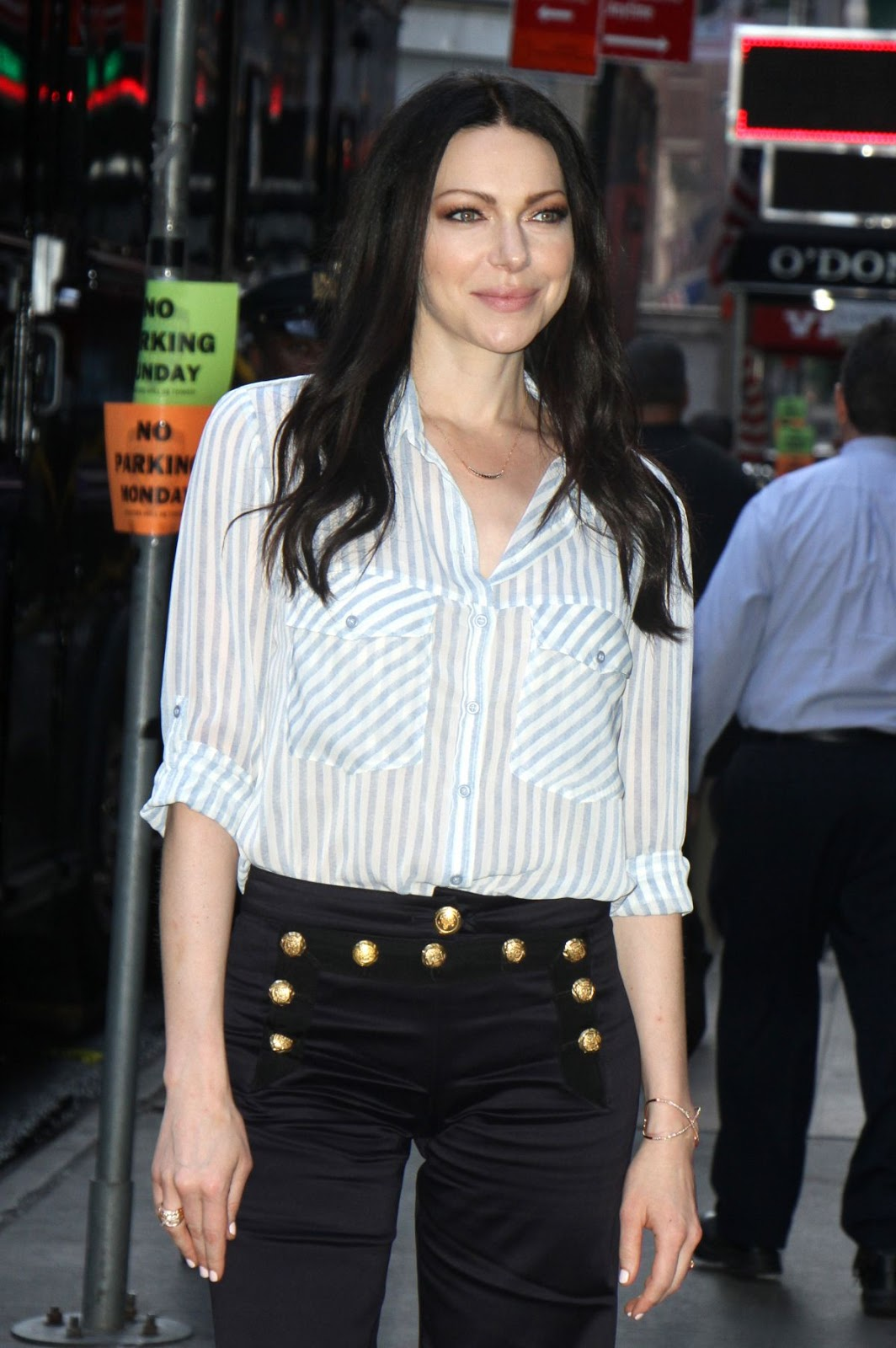Laura Prepon Arrives At Good Morning America In New York