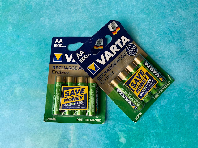 2 packets of AA rechargeable Varta batteries