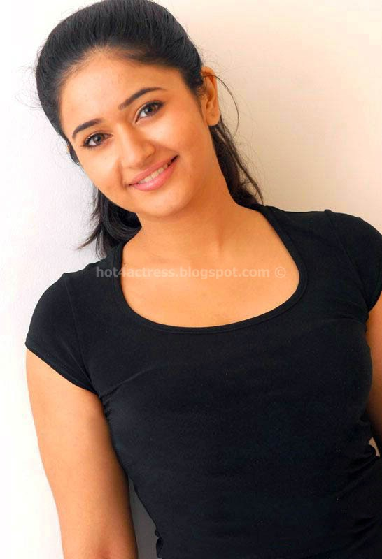 Hot actress poonam bajwa latest photos
