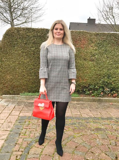 Zara Kleid und Sock Boots (*Werbung, da Markennennung)