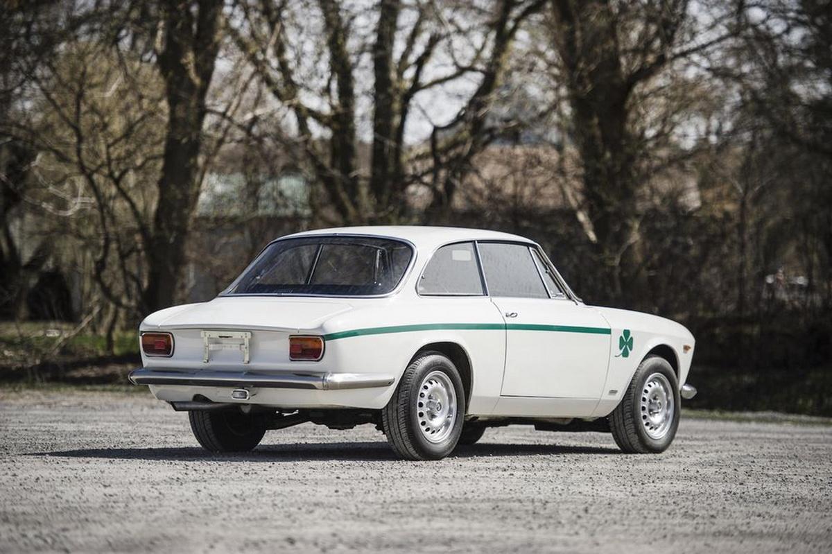 AlfaRomeo-GTA1300JuniorStradale-09.jpg