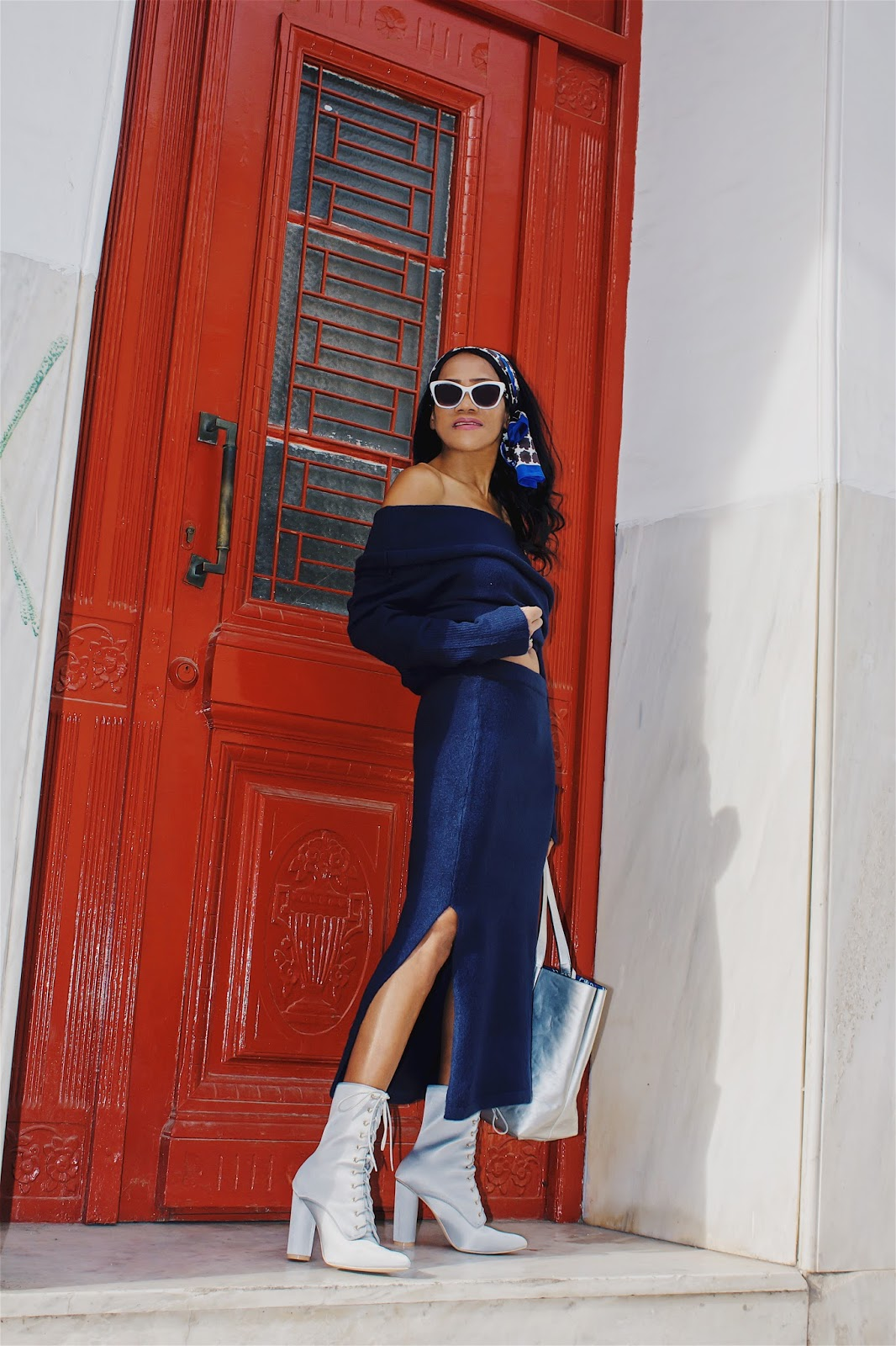 8895163e326 I ve styled it with a navy knitted sweater and matching skirt from  Nakdfashion last winter collection. I ve added my silver reversible tote  bag and ...