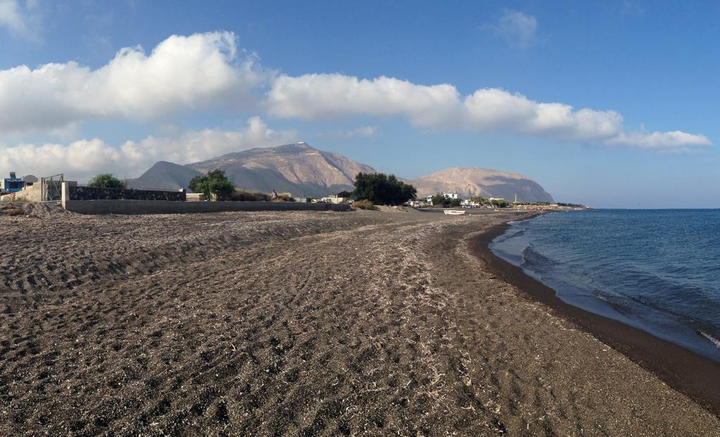 Agios Georgios beach, Santorini - Ioanna's Notebook