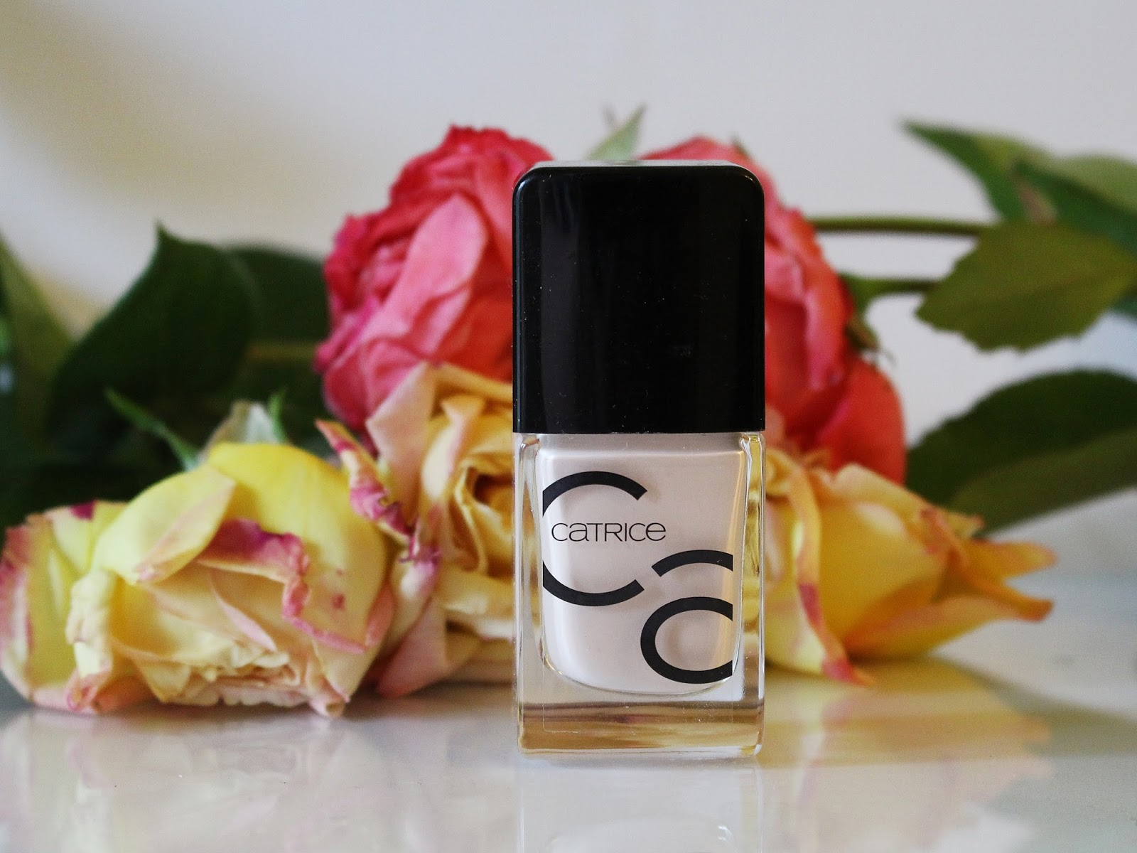 Catrice ICONails Honeymoon Is Coming Soon (38)