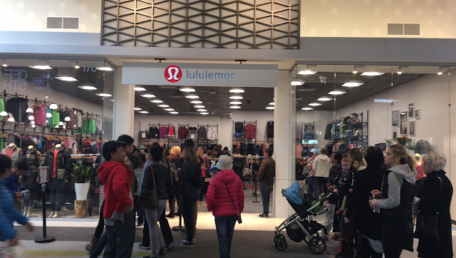 a5af47facf Lululemon Outlet at Tsawwassen Mills Grand Opening
