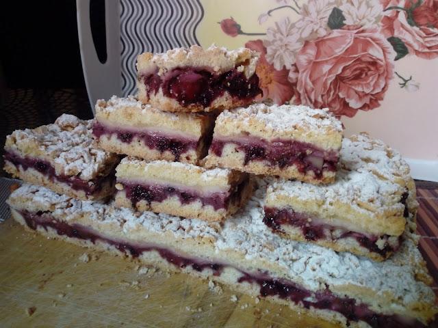 ciasto kruche z dzemem i budyniem kruchy placek z dzemem i budyniem proste ciasto smaczne ciasto kruszynka