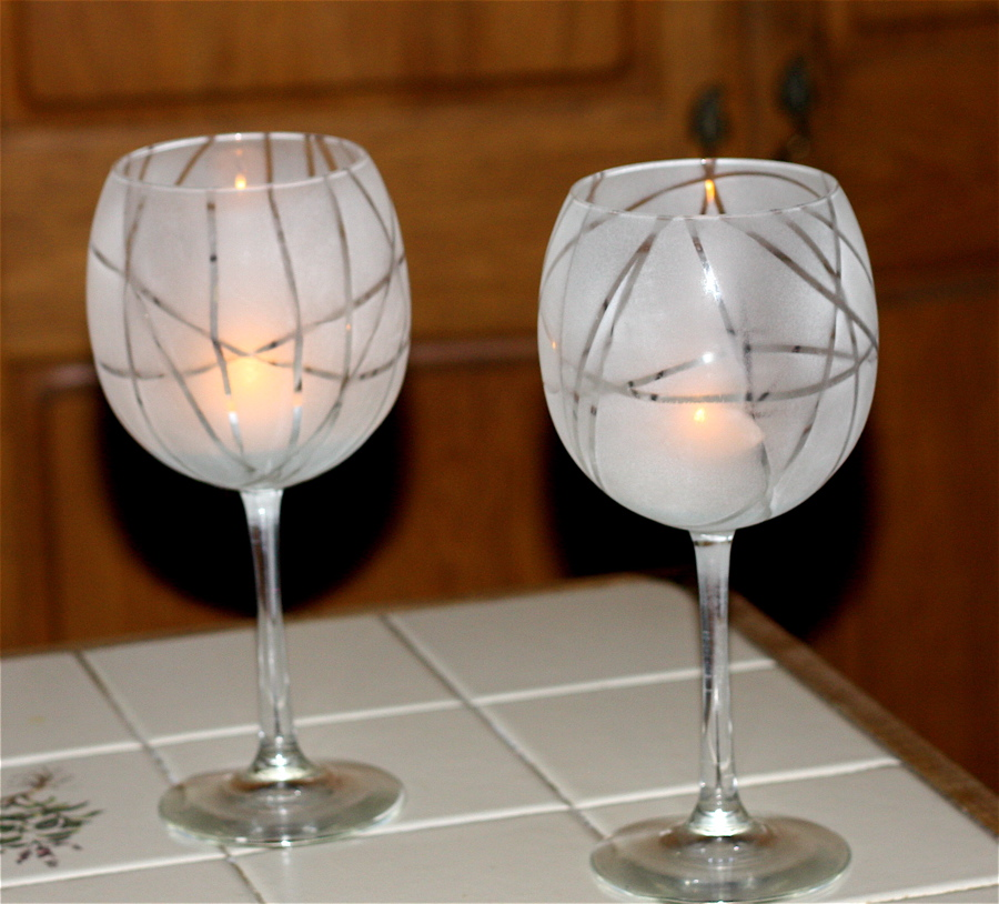 Hey it 39 s dalis for Spray painting wine glasses