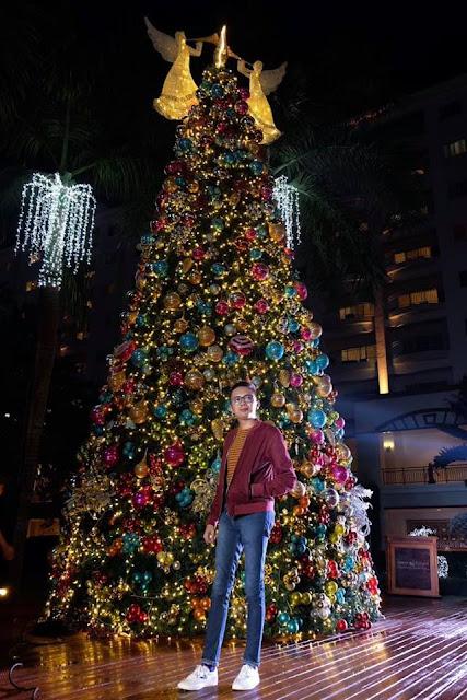 Christmas Tree in Jpark Island Waterpark Cebu. Pic by Sinjin Pineda
