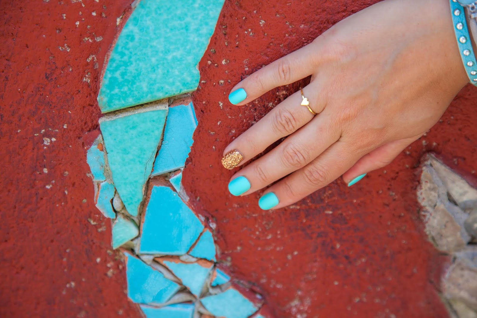 faux-ongles-impress-manicure-turquoise