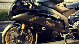 Yamaha R15 Special Edition Gold Color HD Images And Photo Latest