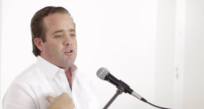 José Paliza y Luis Abinader trazan estrategia para buscar la presidencia del PRM