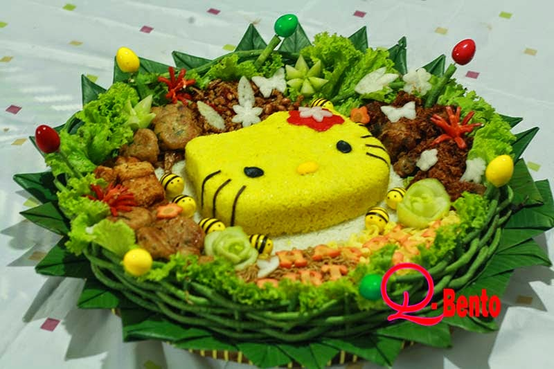 Daniqa Cake And Snack Bento Box N Tumpeng