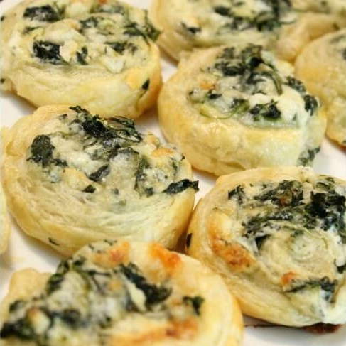 Creamy Spinach Roll Ups Recipe! #Appetizers #PartyRecipe