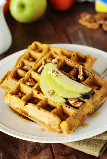 Pumpkin-Apple Waffles ~ freezer-friendly, so make a big batch to have an easy breakfast ready in minutes! #REALSeal #ad  www.thekitchenismyplayground.com