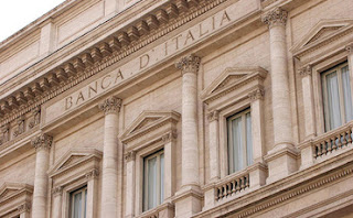Οι ιταλικές τράπεζες μείωσαν τα «κόκκινα δάνεια»