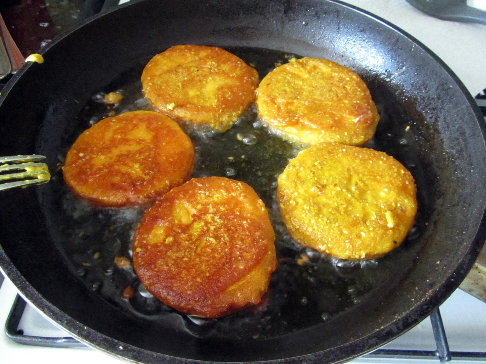 Cocina con luz verde calabaza rebozada y tortitas fritas for Calabaza frita