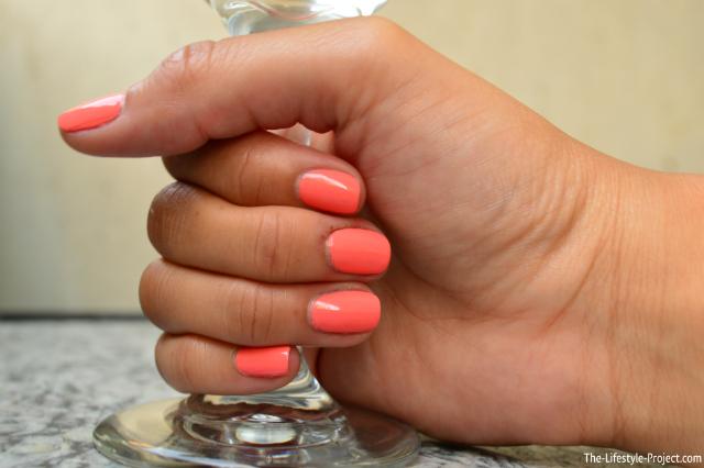 product-review-covergirl-nail-polish