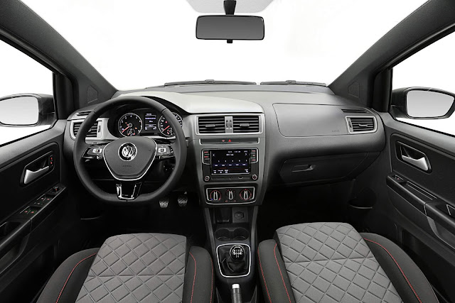 VW Fox 2018 Connect - interior
