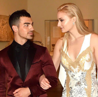 Joe Jonas and Game of Thrones actress Sophie Turner are engaged!