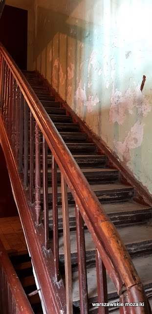 klatka schodowa schody Warszawa Warsaw Praga Północ kamienica architektura praskie ulice