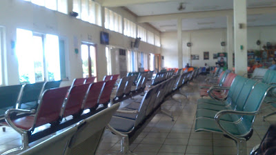 sala de espera aeropuerto de inle